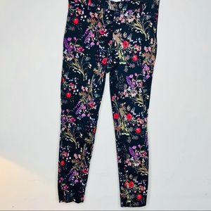H&M black and flowered 💐 trousers